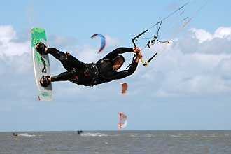 Kiteboarding in Neuharlingersiel Nordsee
